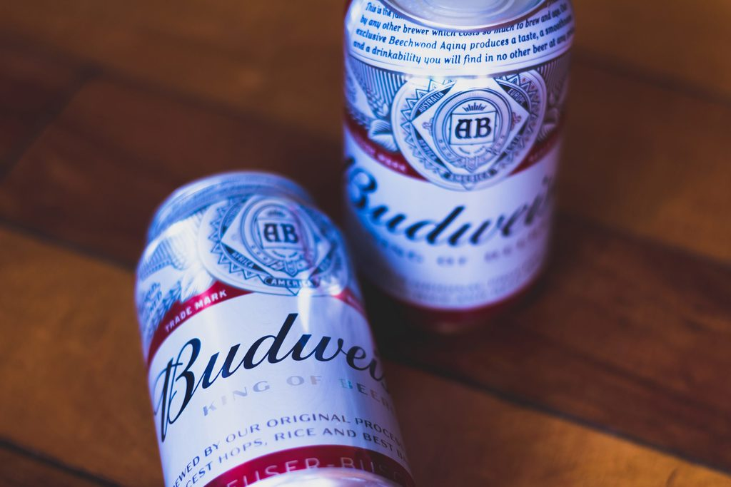 How many calories in Budweiser