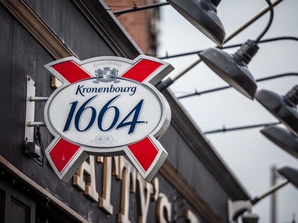 How many calories are there in a pint of kronenbourg
