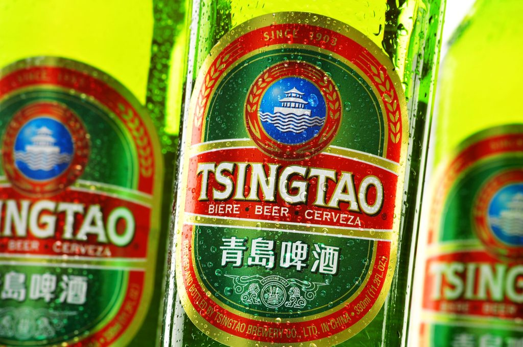 How many calories are there in Tsingtao?
